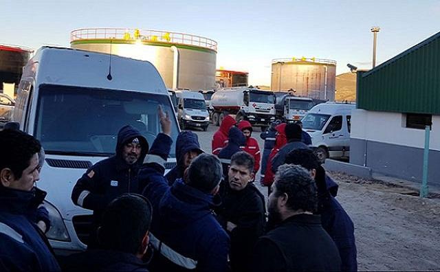 Unos 220 trabajadores recibieron los telegramas de despido por parte de la empresa Tecpetrol, en el yacimiento El Tordillo.