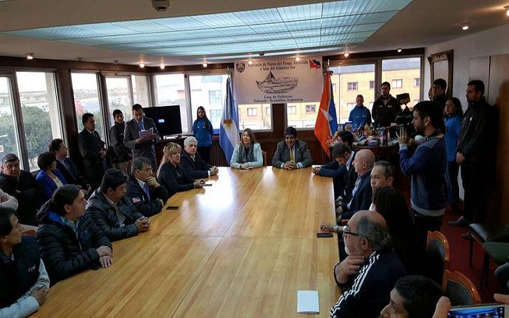 Firman acuerdo para controlar precios for Clausula suelo firma acuerdo privado