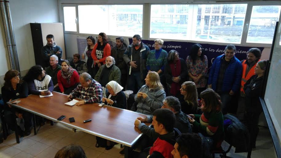 La Comisión de Encuentro, Memoria, Verdad y Justicia dio una conferencia de prensa en Ushuaia.
